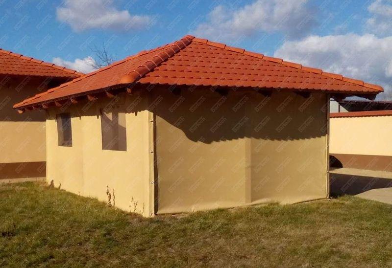 Kerti épületek téliesítése felhajtható, leszerelhető ponyvával, átlátszó ponyva ablakokkal